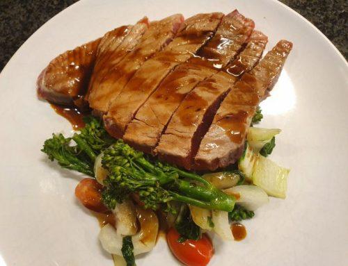 Grilled tuna with stir-fry veggies